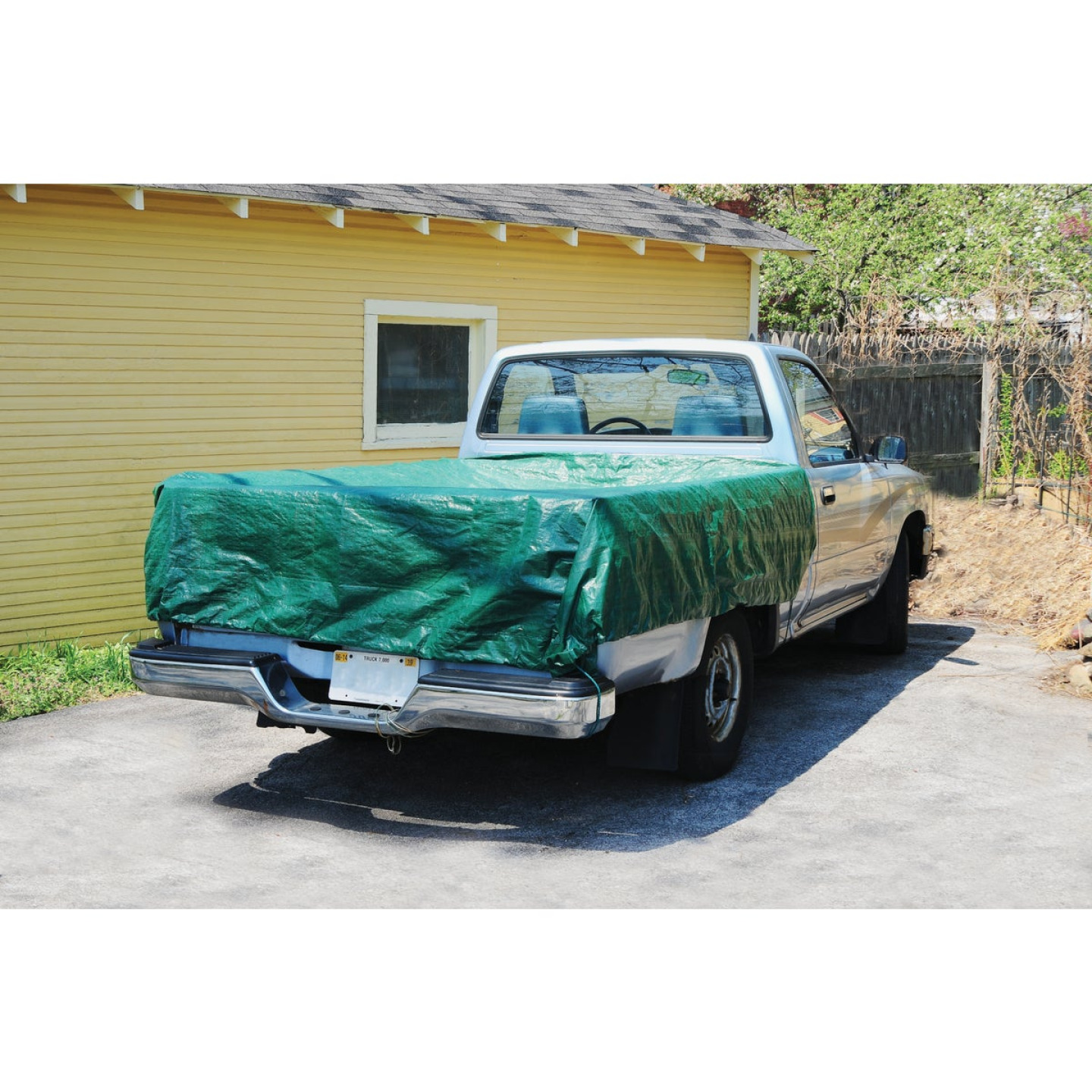 Do it Best 9 Ft. x 9 Ft. Poly Fabric Green Lawn Cleanup Tarp Image 4